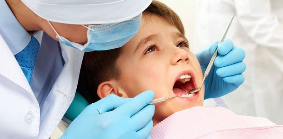 A Parent's Guide: Making Your Child's First Dental Visit a Pleasant One